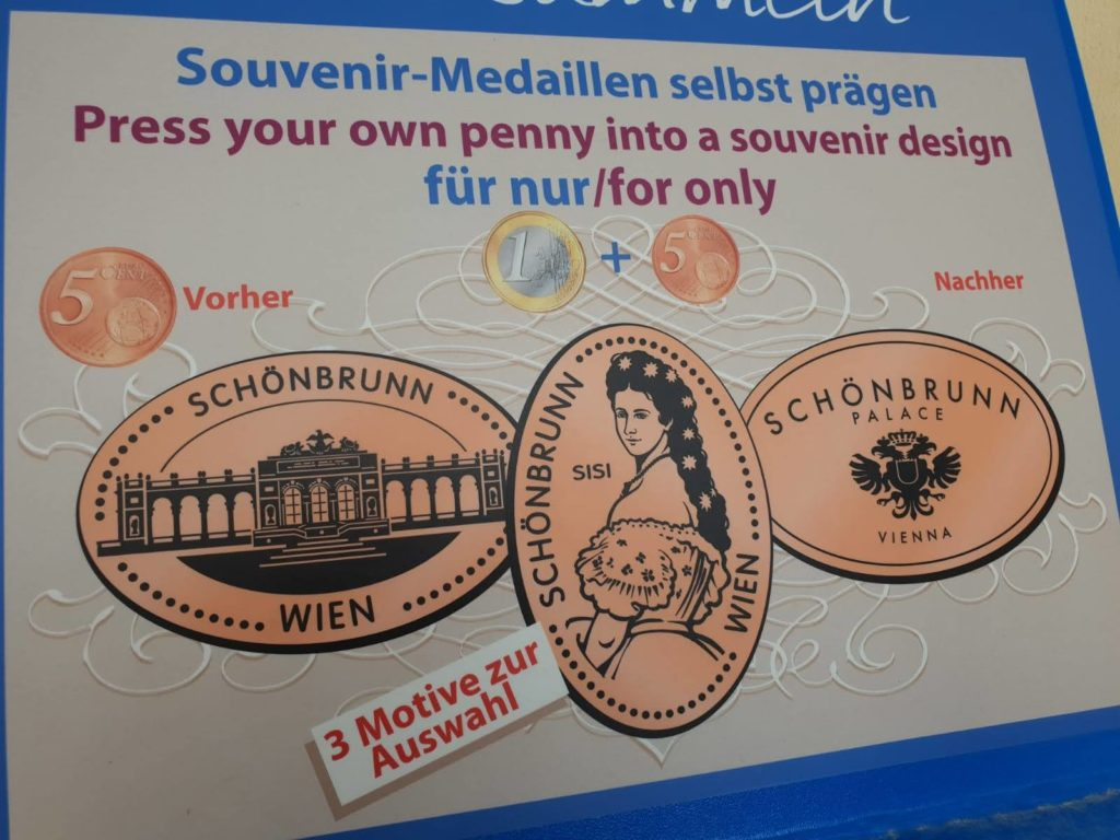 Souvenirs von der Kaiserin SISI in der Nähe vom Mauthaus-Schönbrunn-Ferienappartement